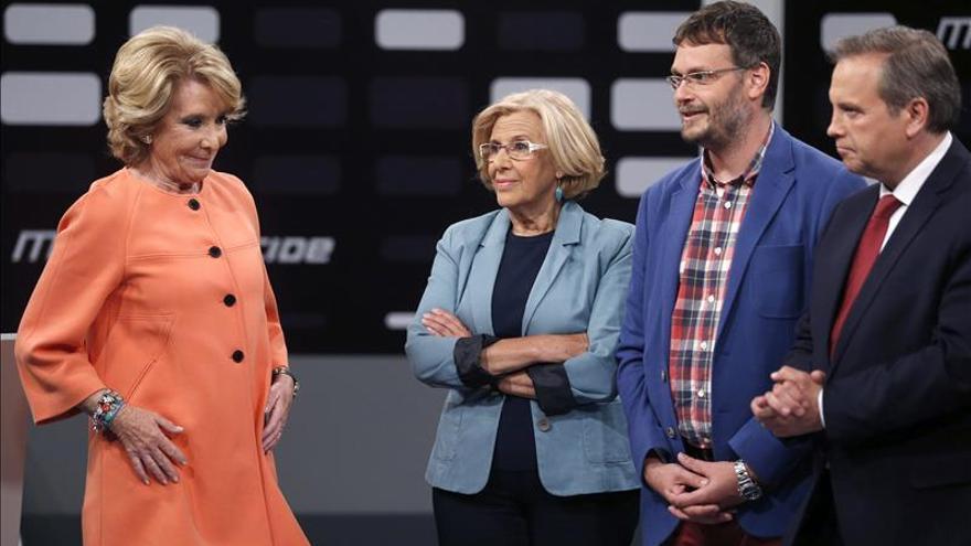 Esperanza Aguirre, Manuela Carmena y Antonio Miguel Carmona, en Telemadrid.