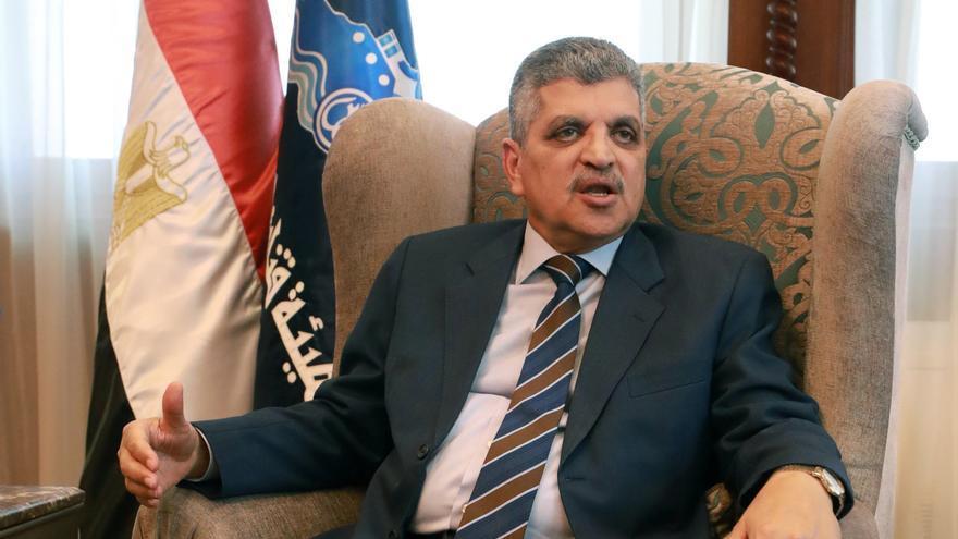 """Jefe de Suez: el """"Ever Given"""" encalló porque entró torcido y a alta velocidad"""