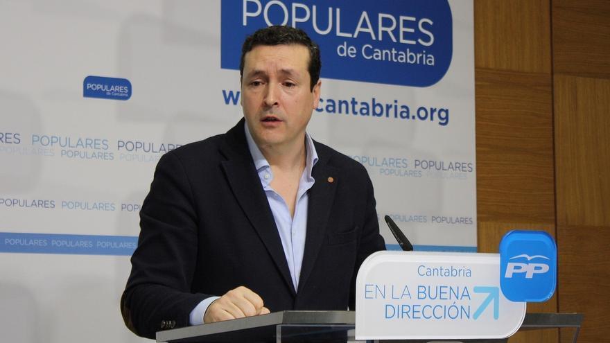 """PP a Revilla: """"Cantabria no se puede gobernar desde los estudios de televisión"""""""