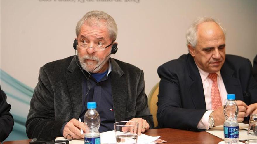 Samper apuesta en Brasil por la reindustrialización de Suramérica