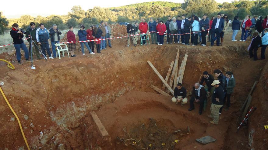 Comunidad de muerte: murieron juntos, los enterraron juntos y 'reviven' de nuevo juntos como parte de la Historia reciente de España. Foto: ARMH