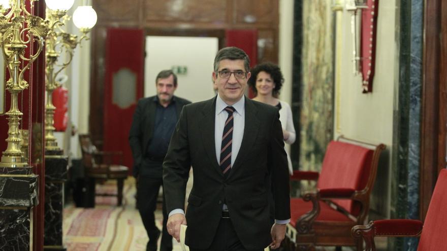 Patxi López preside la última reunión de la Diputación Permanente del Congreso de la XI legislatura