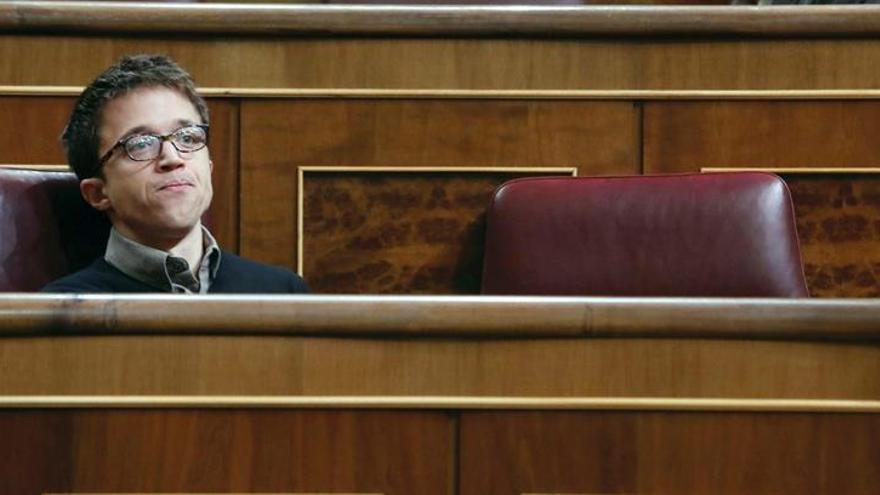 Errejón critica que el retraso de la jubilación lo recete quien no lo aplica