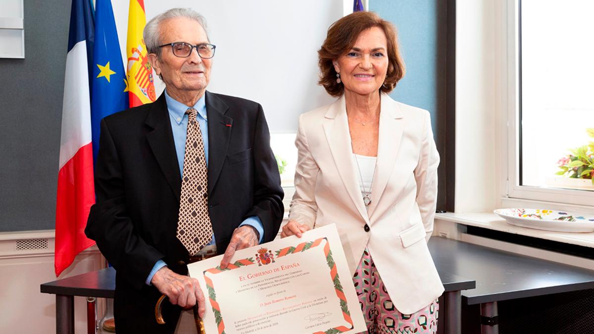 Calvo en el homenaje a Juan Romero, el cordobés que fue el último superviviente español de Mauthausen