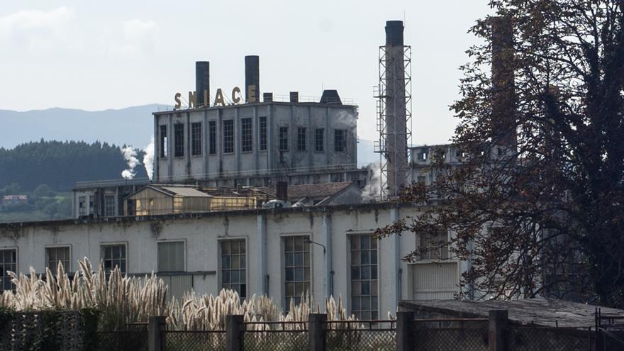 Fábrica de Sniace en Torrelavega. | JOAQUÍN GÓMEZ SASTRE