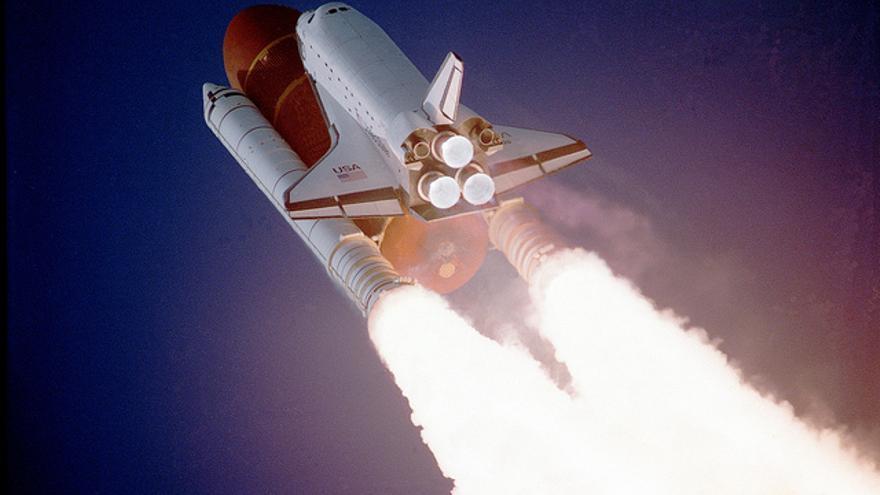 La carrera espacial del siglo XXI: ¿quién llevará internet al espacio?