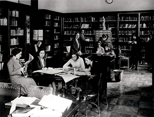 Biblioteca de la Residencia de Señoritas, donde surgió el Lyceum Club Femenino
