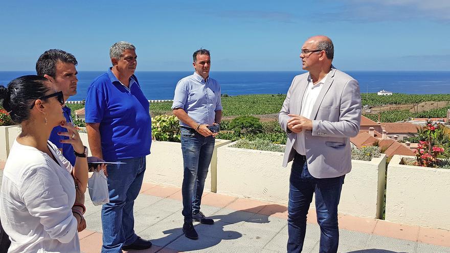 Visita de Anselmo Pestana a Tazacorte.