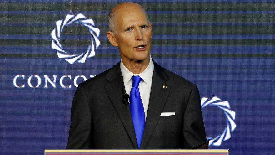 Rick Scott, senador republicano aliado de Trump, contrajo la covid-19