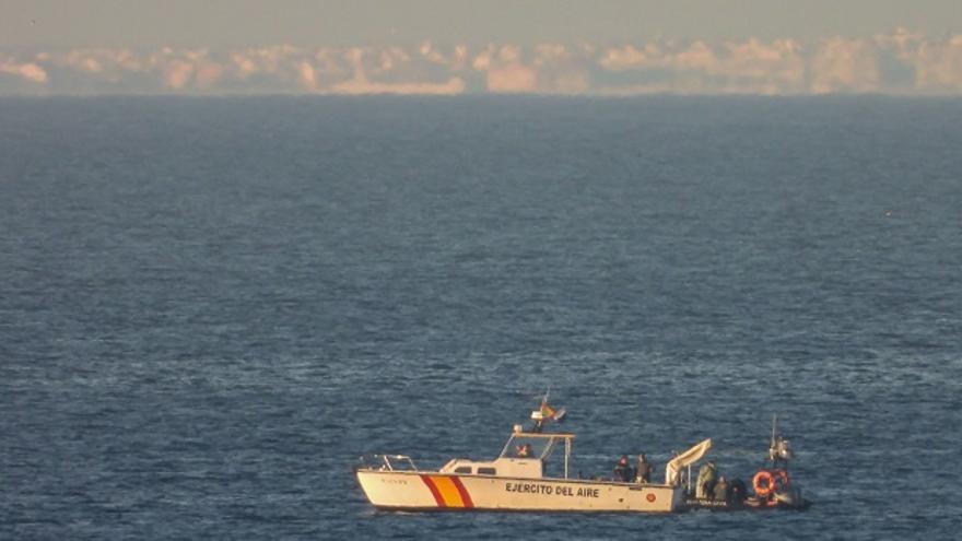 El Ejército continúa las labores de búsqueda de los restos del avión siniestrado