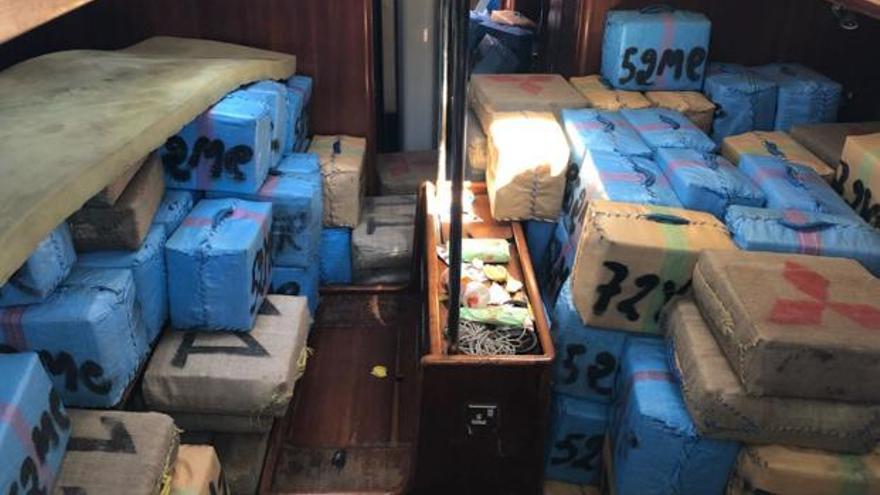 Localizan una embarcación en Cartagena con ocho toneladas de hachís