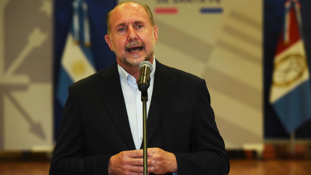 Omar Perotti salió al cruce y criticó la medida que dispone el cierre de exportaciones de carne por 30 días.