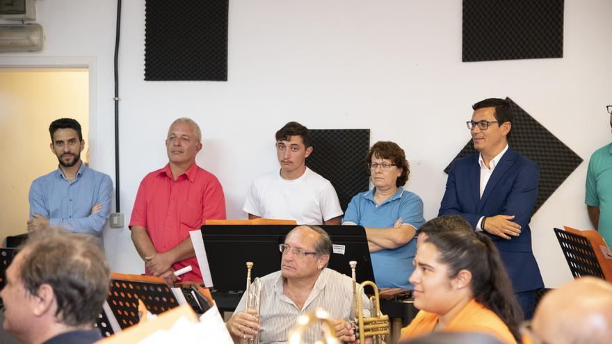 Imagen de la visita a la Asociación Musical Ayonet.