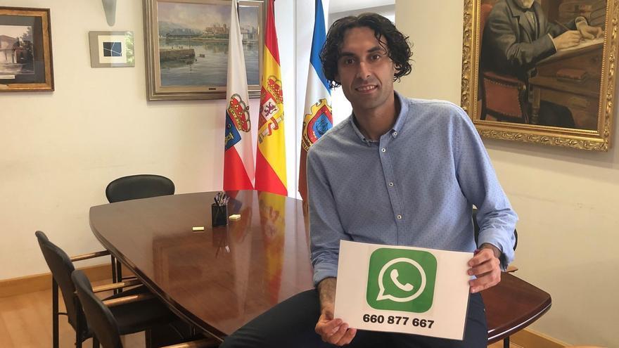 Fernández Soberón presenta la iniciativa 'Wasapea a tu alcalde'