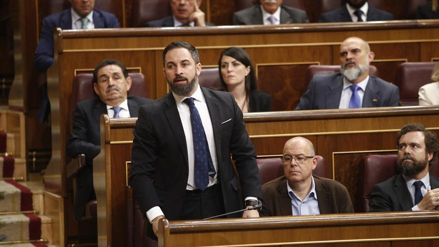 """Vox avisa a PP y Cs ante el intento de que el Congreso envíe a sus diputados al 'gallinero': """"Tendrán que retratarse"""""""