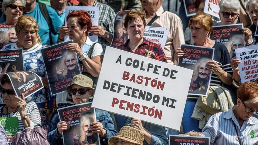 """Los pensionistas vascos reclaman la subida del 1,6 por ciento """"con o sin presupuestos"""""""
