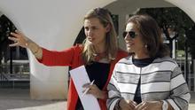 Faina Zurita, en 2014 junto a la entonces alcaldesa de Madrid, Ana Botella.