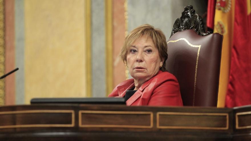 """Villalobos regaña a la diputada de ICV por decir que el Gobierno """"no tiene vergüenza"""""""