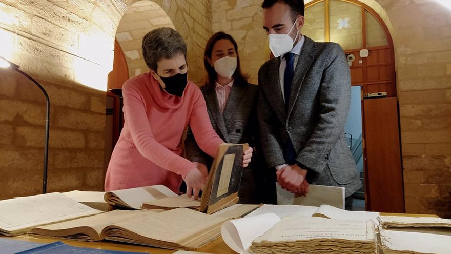 Entrega de documentación minera al Archivo Histórico Provincial.