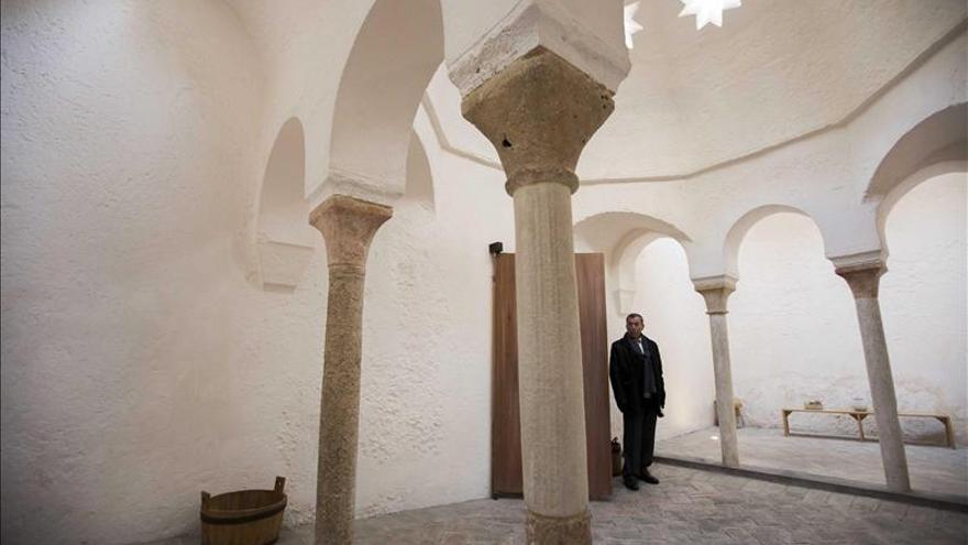 Fotografías de EFE recrean Valencia en unos rehabilitados baños medievales