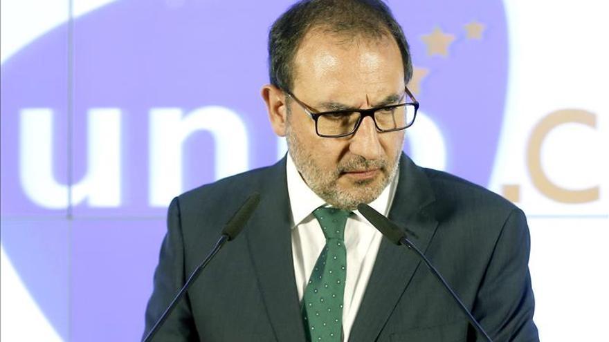 UDC pide disposición en la Constitución que garantice pacto fiscal para Cataluña