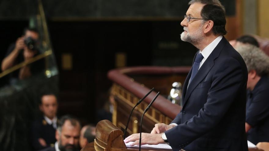 Rajoy defiende una Cataluña mestiza y avisa que el independentismo puede dar al traste con su mejor época