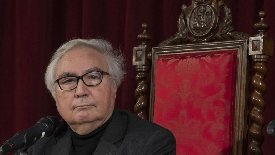 El sociólogo Manuel Castells en La Nau de la Universitat de València