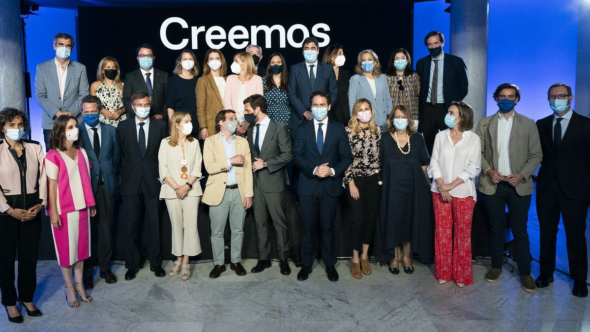Foto de familia de la presentación de la Convención Nacional, el lunes, en Madrid.