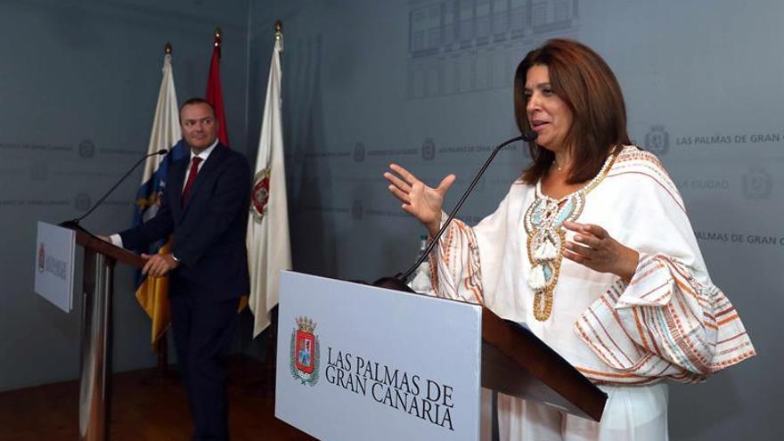 Los alcaldes de Las Palmas de Gran Canaria, Augusto Hidalgo, y de Telde, Carmen Hernández