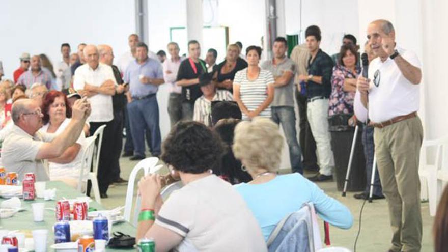 Dimas Martín, en un acto preelectoral en Lanzarote. (DIARIO DE LANZAROTE)