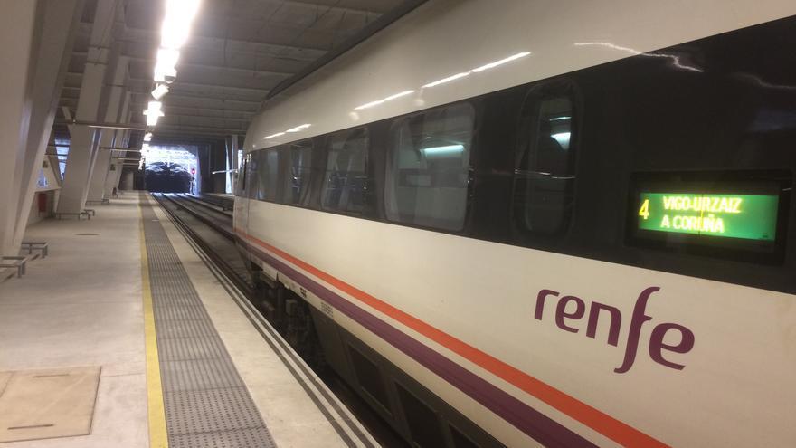 Interior de la estación de tren de Vigo, cuyas vías no tienen salida hacia Portugal
