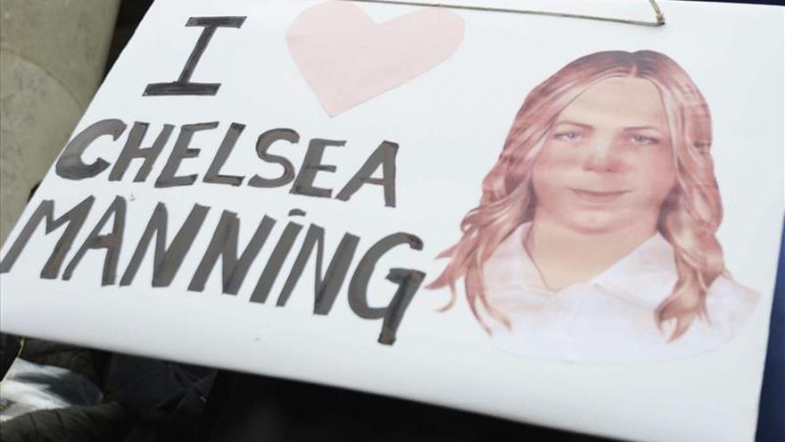 Chelsea Manning abre una cuenta en Twitter desde la cárcel