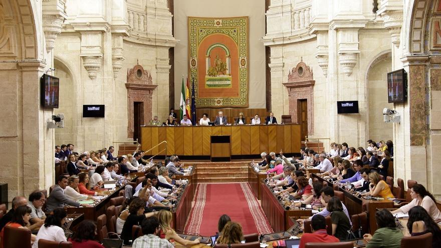 Los grupos parlamentarios registran 1.267 enmiendas parciales al Presupuesto de la Junta para 2018