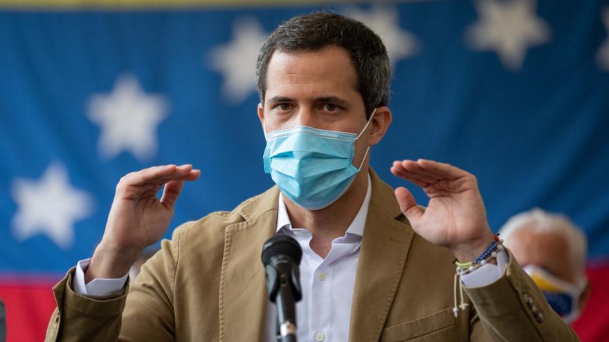 """La oposición venezolana denuncia la """"imposición"""" de una vacuna cubana en pruebas"""