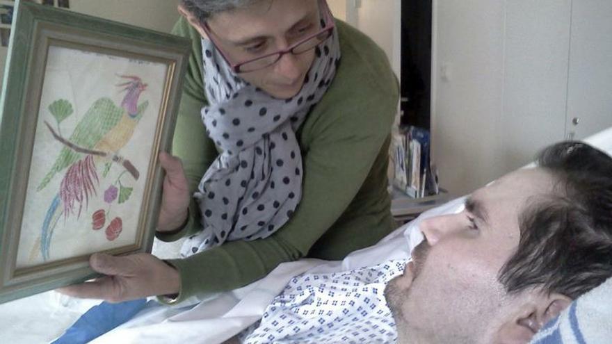 El médico del tetraplejico francés Lambert detendrá hoy su alimentación e hidratación artificiales