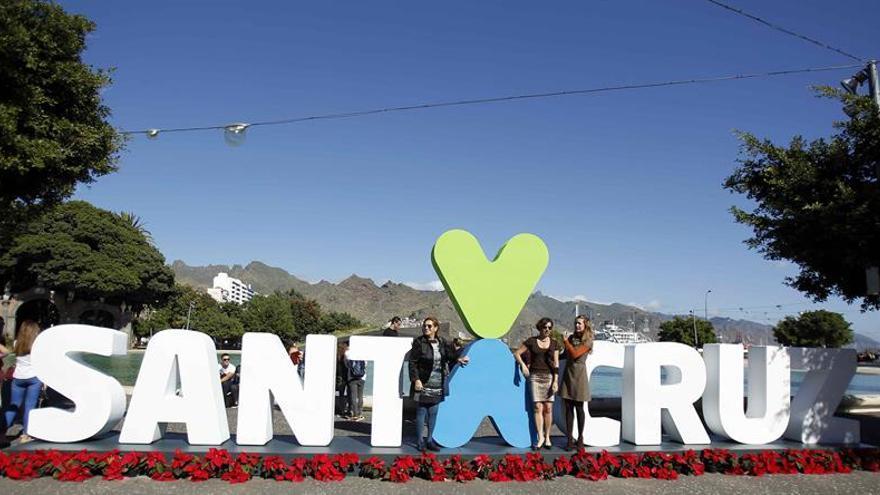 El corpóreo con la marca de la ciudad, 'Santa Cruz, el corazón de Tenerife'