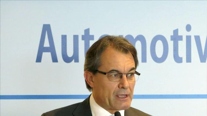 """Mas """"celebra"""" las palabras de Rajoy porque significan que acepta la consulta"""