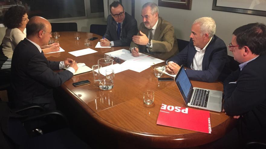 Reunión de González Tovar con el Consejero de Hacienda