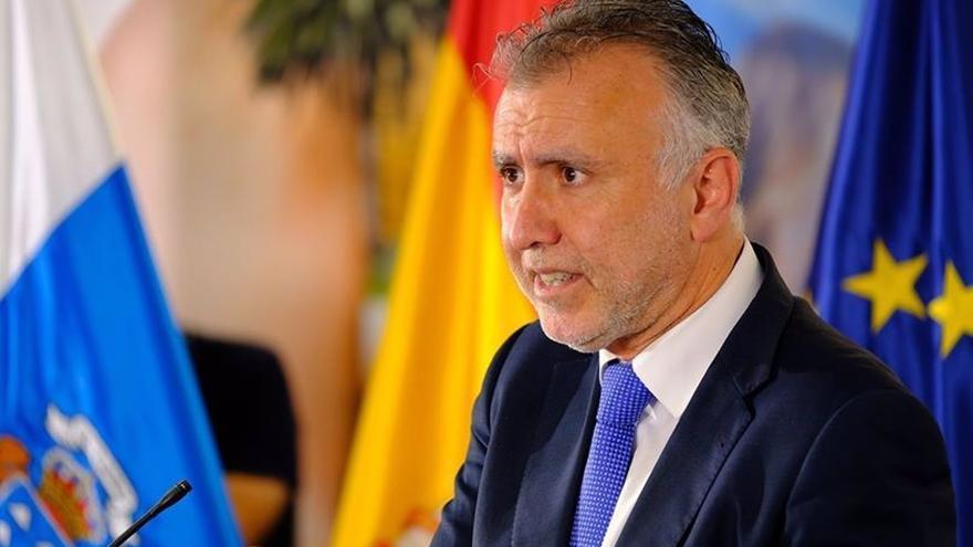 El presidente de Canarias avala el pasaporte sanitario y pide un marco común en la Unión Europea