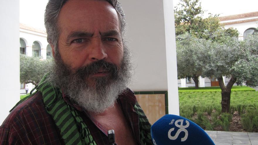 Gordillo presenta en el Parlamento andaluz su renuncia como alcalde de Marinaleda