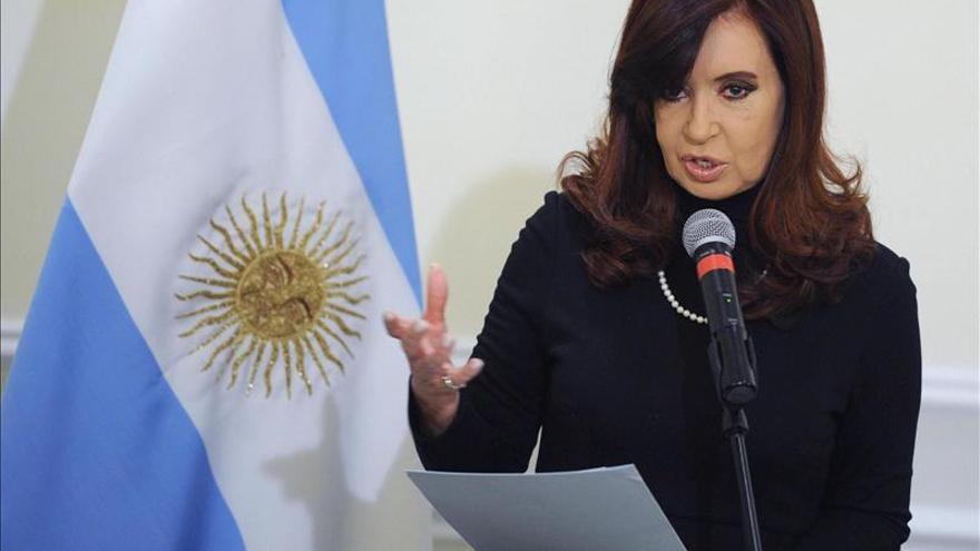 La enfermedad de Cristina Fernández no altera el ritmo político en Argentina