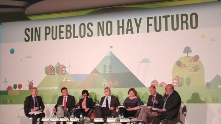 Elizalde participa en Sevilla en unas jornadas sobre el futuro del mundo rural