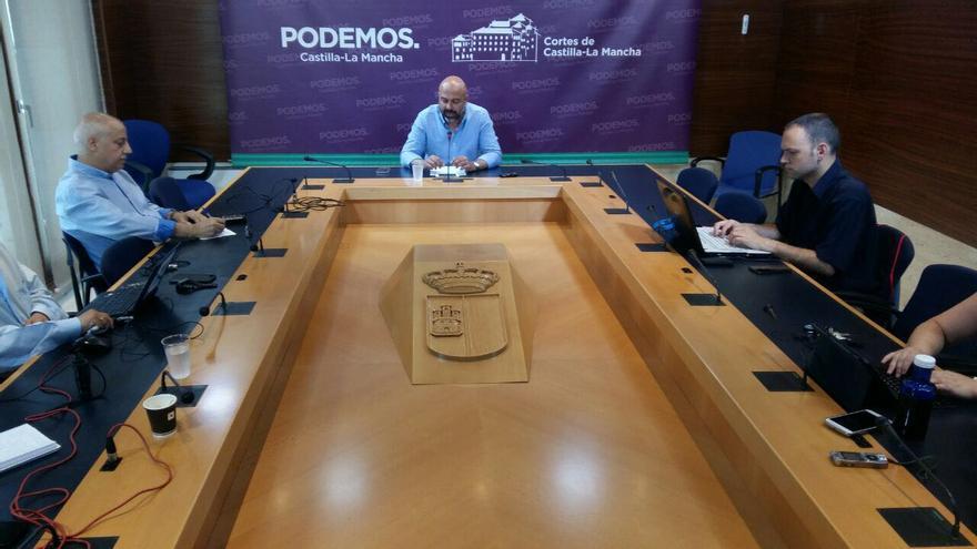 José García Molina en rueda de prensa