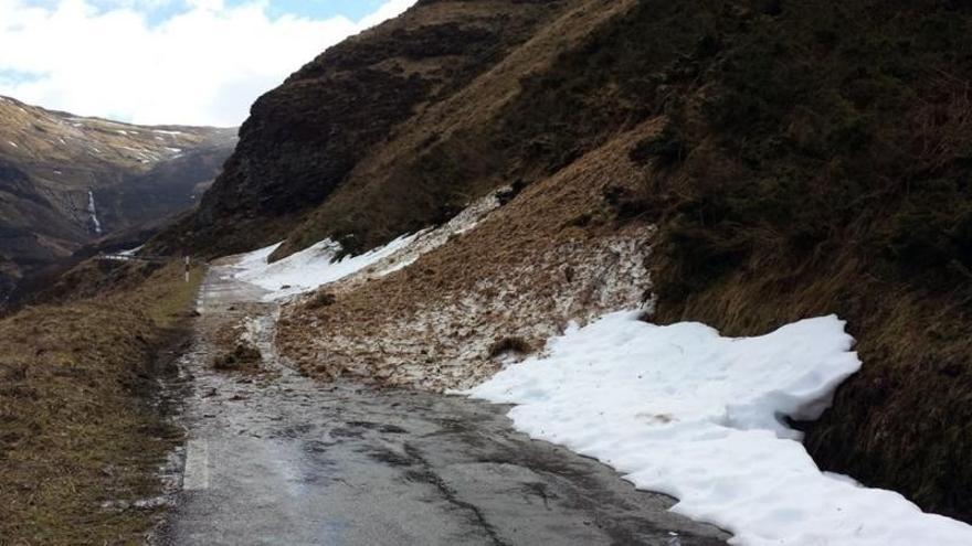 Diez municipios cántabros no tienen en buenas condiciones ni un kilómetro de su red viaria