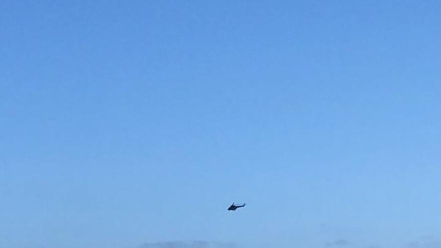 Helicóptero del Grupo de Emergencias y Salvamento.