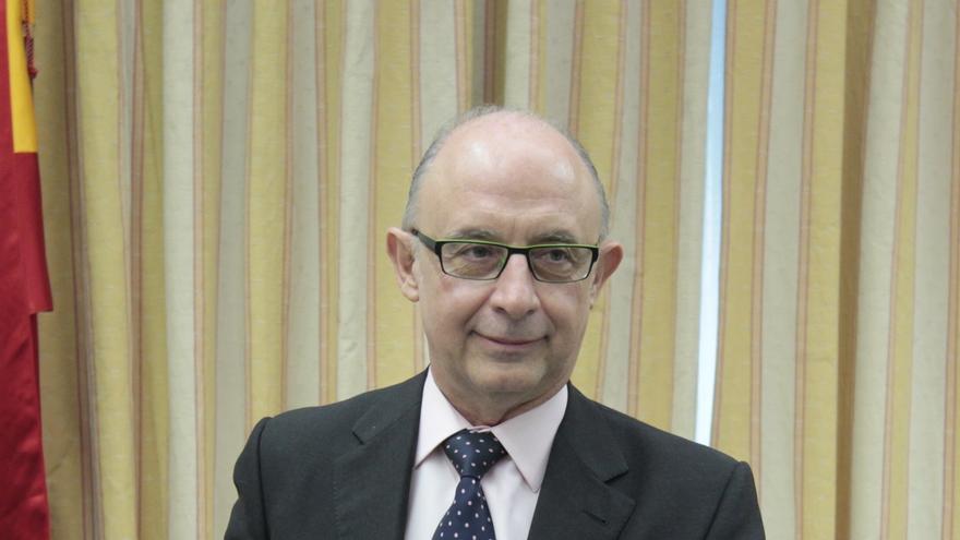 El Congreso recibe mañana las cuentas de 2013 y las debatirá tras las elecciones vascas y gallegas