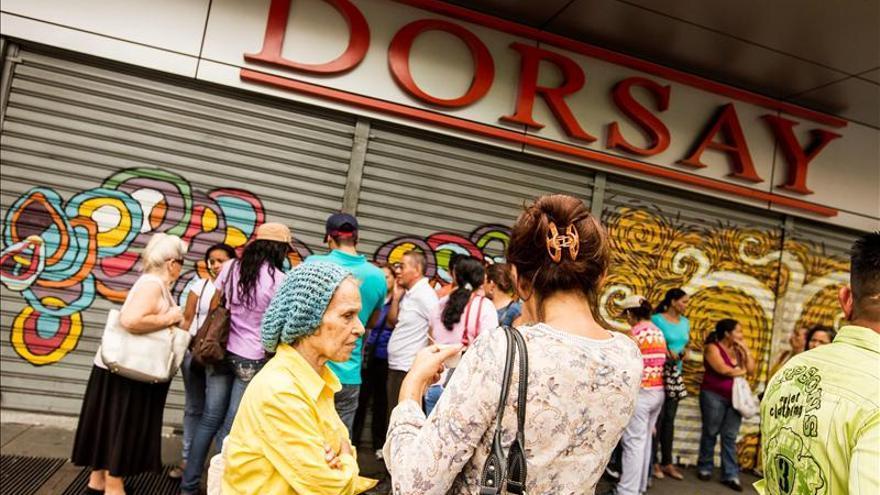 Cerrados algunos comercios venezolanos por falta de mercancías, dice el gremio
