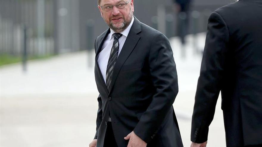 """Schulz mostró en Bratislava su optimismo en superar el desafío del """"Brexit"""""""