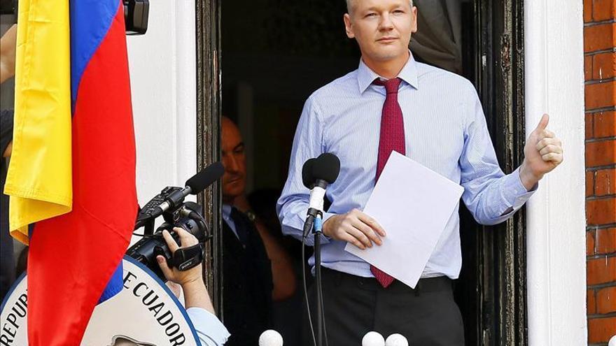 La vida de Assange en la embajada de Ecuador en Londres inspira una serie de TV