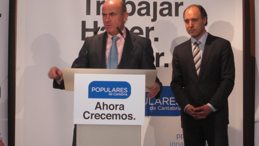 """Guindos dice que España """"va a cumplir"""" el objetivo de déficit de 2015"""
